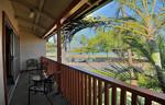 Balkon mit teilweisem Meerblick
