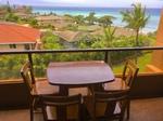 Balkon mit Tisch für 4 und tollem Meerblick